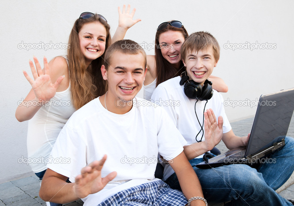 Group of college students outdoors — Stock Photo #7315028