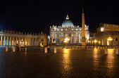 Italy. Rome. Vatican. Saint Peter's Square at night — Stock Photo