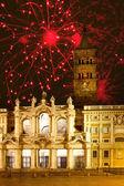 Santa maria maggiore, i̇talya boyunca kutlama havai fişek. roma. — Stok fotoğraf