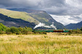 Steam train in Llamberris, Snowdonia, Wales — Stock Photo