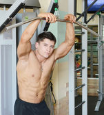 Macho muscular — Foto Stock