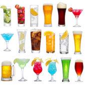 Conjunto de diferentes bebidas, cócteles y cervezas — Foto de Stock
