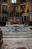 Pisa - Duomo interior. The nave and the altar — Foto Stock