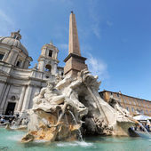 Fountain of four rivers in Piazza Navona, Rome — Stock Photo