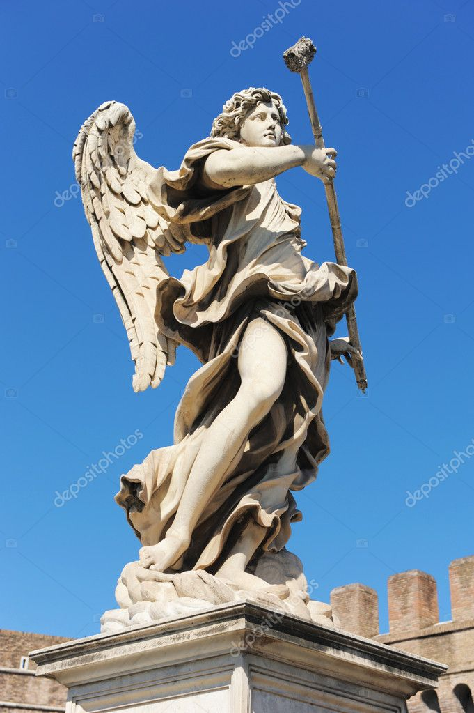 Bernini angel on the castel of Sant Angelo in Rome  Foto de Stock   #6987487
