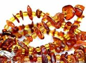 Amber necklace — 图库照片