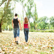 Couple in love walking — Stockfoto