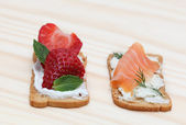 Tasty snacks — Stock Photo