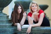 Two young female students — Stock Photo