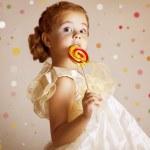 Beautiful pretty little girl — Stock Photo #7959321