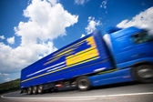 Fast moving truck — Stockfoto