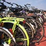 Yellow bike — Stock Photo #6960838