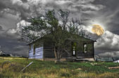 Haunted House Under A Full Moon — Stock Photo