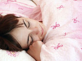 Beautiful young woman sleeping. — Stock Photo