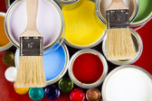 Pintura y latas — Foto de Stock