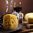 Wine and cheese — Stock Photo #7228750