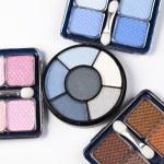Set of eyeshadows — Stock Photo #7358357