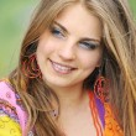 Young beautiful girl — Stock Photo #7101354