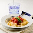 Pasta with Tomato Sauce and Basil — Foto de Stock