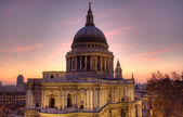 St Paul's Cathedral at dusk — Stok fotoğraf