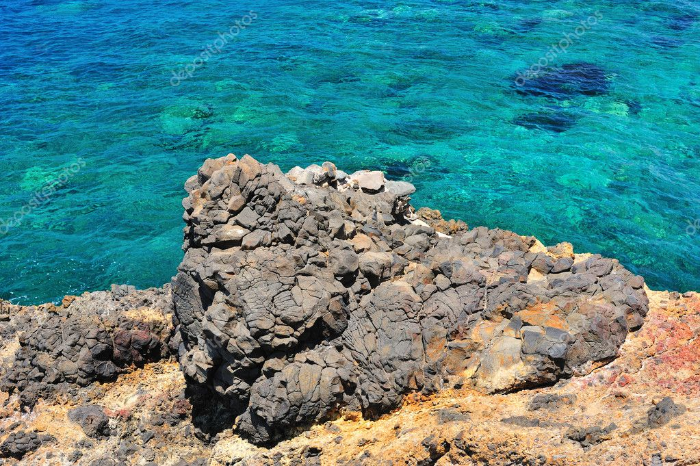 Rocky seascape of the Mediterranean — Stock Photo #7571672