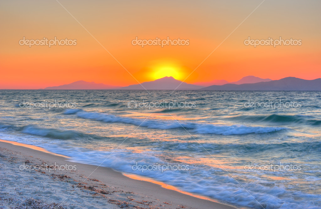 Sunset at the Aegean sea — Stock Photo #7571679