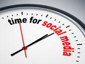 Time for social media — Stock Photo