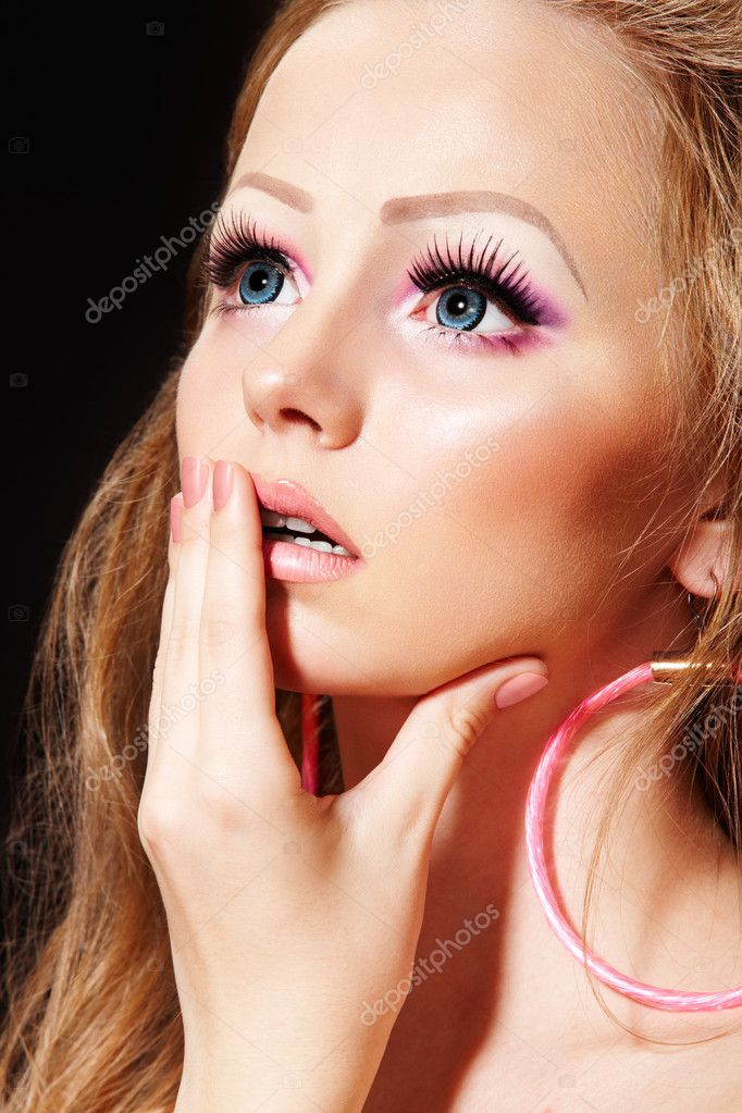big eye doll makeup - photo #23
