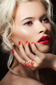 Wellness, kosmetik und romantische retro-stil. close-up portrait — Stockfoto