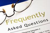 ознакомьтесь с разделом часто задаваемые вопросы (faq — Стоковое фото