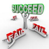 Uma pessoa bem sucedida suspensões suceder palavra que outros falham — Foto Stock