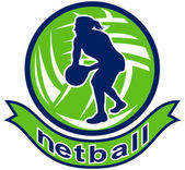 Netball player passing ball — Stock Photo