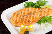 Grilled salmon steak — Stock fotografie