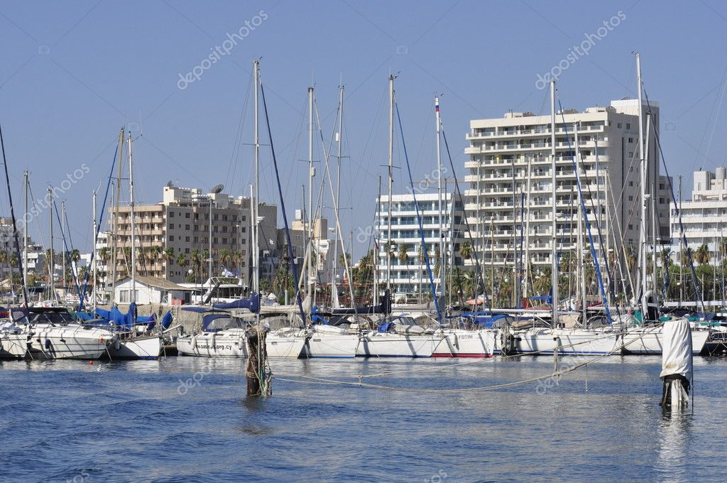 Sailing boats moored in Maryna Bay Harbour, Larnaca, Cyprus — Stock Photo #6766884