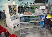 Fábrica de sapatos - indústria italiana pequena — Fotografia Stock