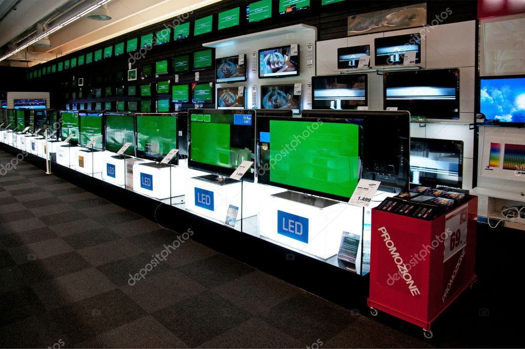 Big electronic retail store - Europe, Italy  Stock Photo #6762105