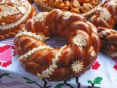 Pão na mesa de toalha — Foto Stock