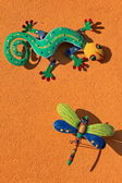 Lizard and butterfly — Stock Photo