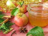 Apple jelly with christmassy spices — Stock Photo