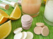 Lemonade tablets with vitamins — Stock Photo