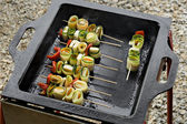 Vegetable skewers with cheese — Foto de Stock