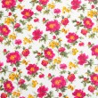 Floral pattern on seamless cloth. Flower bouquet. — Стоковая фотография