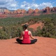 Yoga in Sedona — Stock Photo