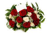 Rose con carta regalo — Foto Stock