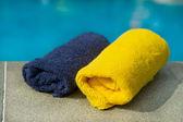 Ręczniki w niebieski i żółty — Zdjęcie stockowe