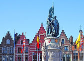 Statue of Jan Breydel and Pieter De Coninck, Bruges — Stock Photo