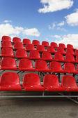 Asientos del estadio rojo — Foto de Stock