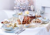 Luxury place setting for Christmas — Zdjęcie stockowe