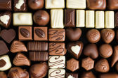 Various chocolate pralines — Stockfoto