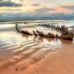 Sunbeam ship wreck on the Rossbeigh beach — Stock Photo #7666257